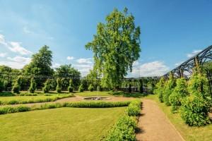 Der-Park-von-Schloß-Oranienstein