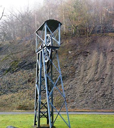 Führung entlang des Lehrpfades über das Gelände der ehemaligen Grube Holzappel